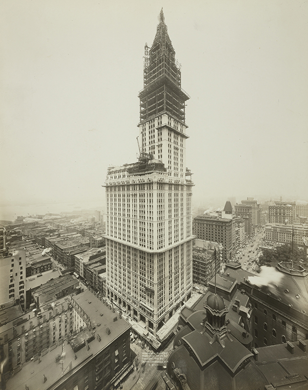 woolworthbuilding_con_public_domain.jpg